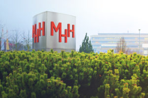T+B MHH Logo Gebäude