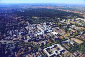 T+B MHH Luftbild Gebäude